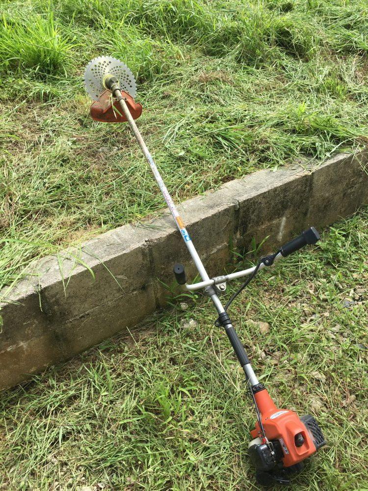 ビバ(草刈り機)を扱う時の注意点