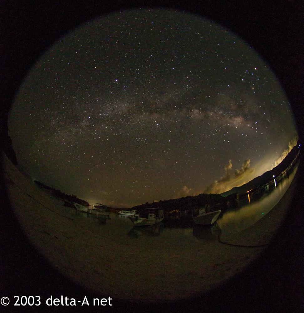 川平湾で天の川撮影