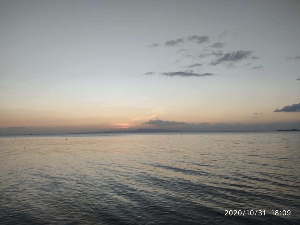 名蔵湾ウォーキング
