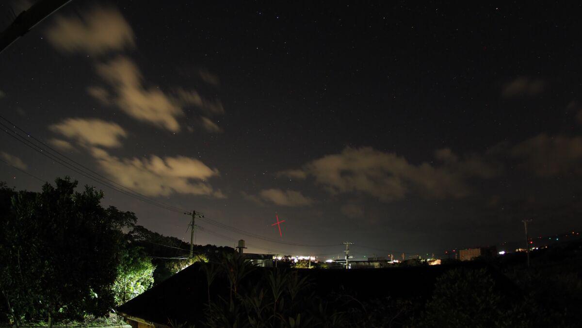 星空タイムラプス撮影 南十字星が写っていた!