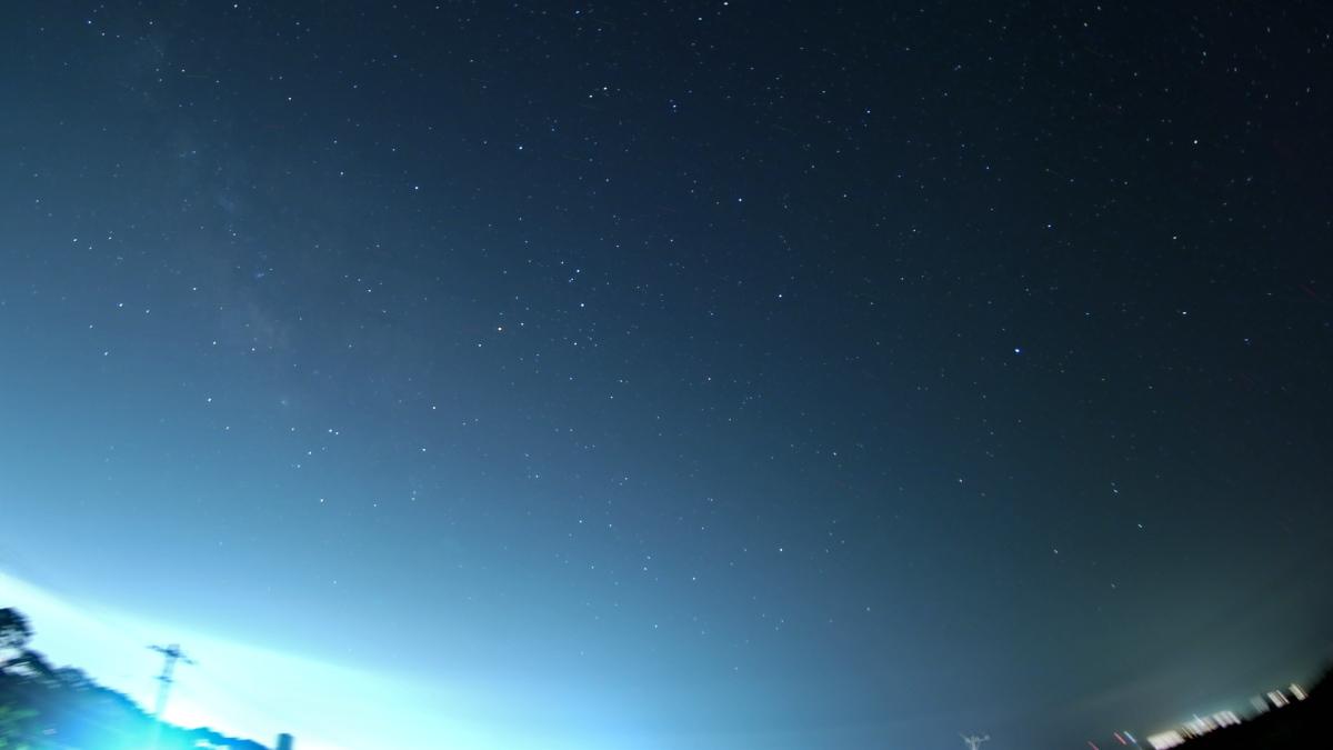懲りずに星空撮影。雲は少ない