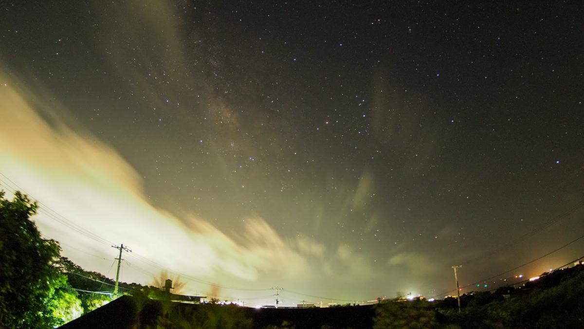 星空撮影するも雲ばかり。4K動画。